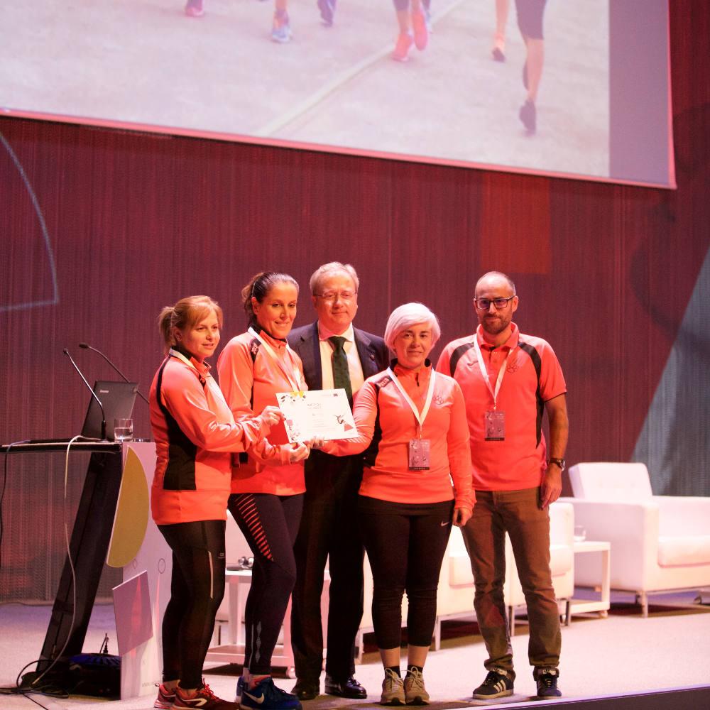 """Desafio Guerreras MENCIÓN EQUILIBRIA 2017 buena práctica en el entorno de la vida saludable y activa en Gijón 2017 DE """"INCYDE SCHOOL Asturias: Cumbre Equilibria"""" - 30 días en bici"""