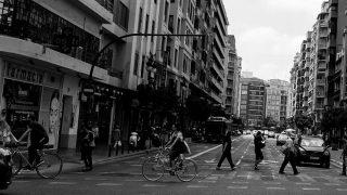 Foto de Ciclistas urbanos movilidad en bici al trabajo - Lunes de cultura Ciclista 1 - 30 Días en Bici Gijón