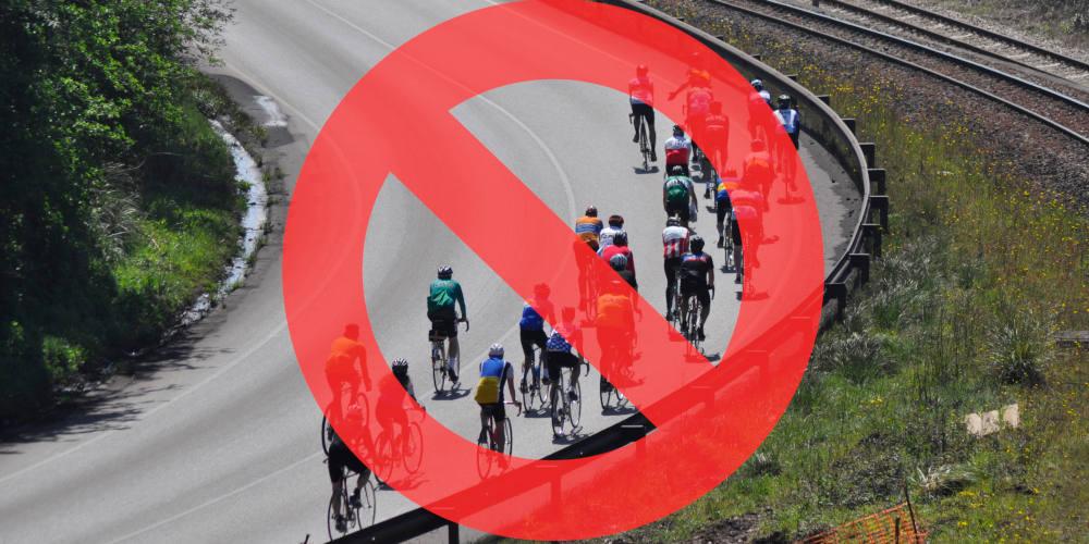Foto de grupo ciclista. Restricciones estado de alarma 2020 al uso de la bicicleta - 30 Días en Bici Gijón