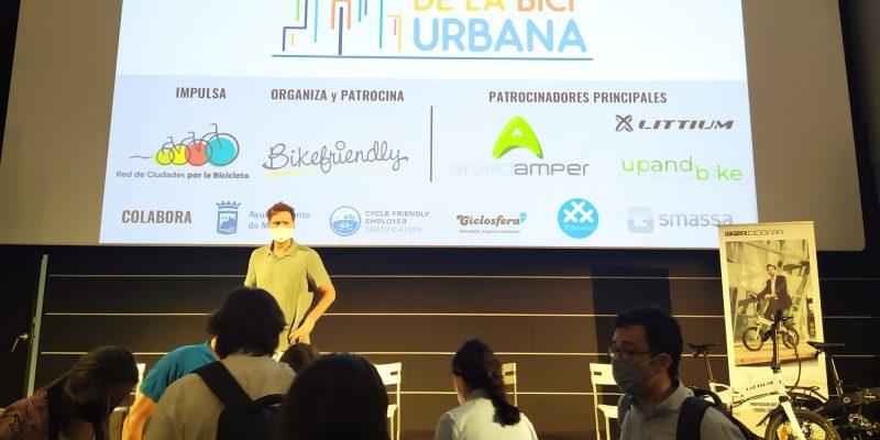 Foto apertura del II Encuentro de la Bicicleta Urbana de Málaga - 30 Días en Bici