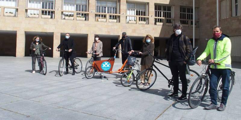 """Foto de los concejales de Logroño - Logroño gana el Accésit """"30 Días en Bici"""" de la RCxB"""