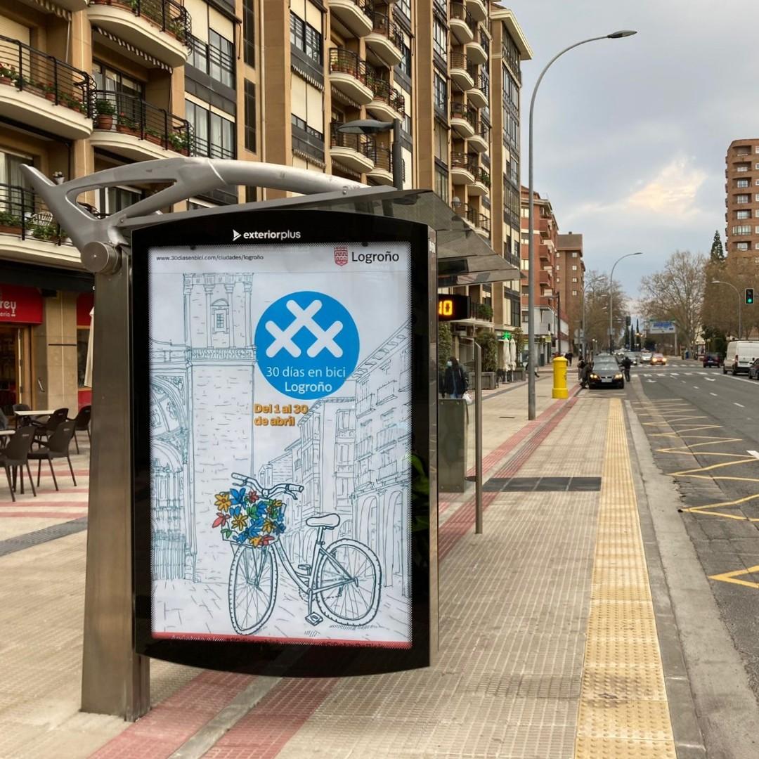 "Foto mupi Logroño - Logroño gana el Accésit ""30 Días en Bici"" de la RCxB"